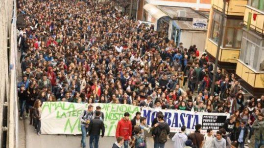 Abruzzo Manifestazione in difesa dell'ambiente