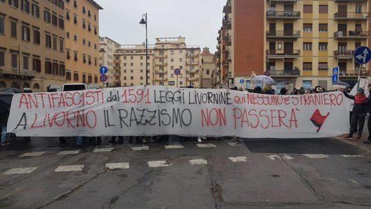 [Livorno] Contestato Matteo Salvini