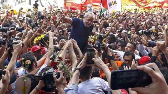 A fianco del Brasile popolare e progressista!