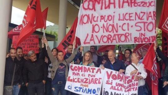 lavoratori comdata in sciopero